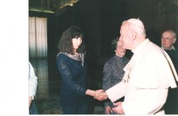 His Holiness Pope John Paul II and our guide Guia Ozdemir Bargigli