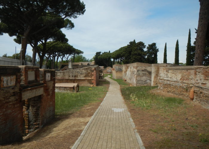 Necropolis of Portus tour